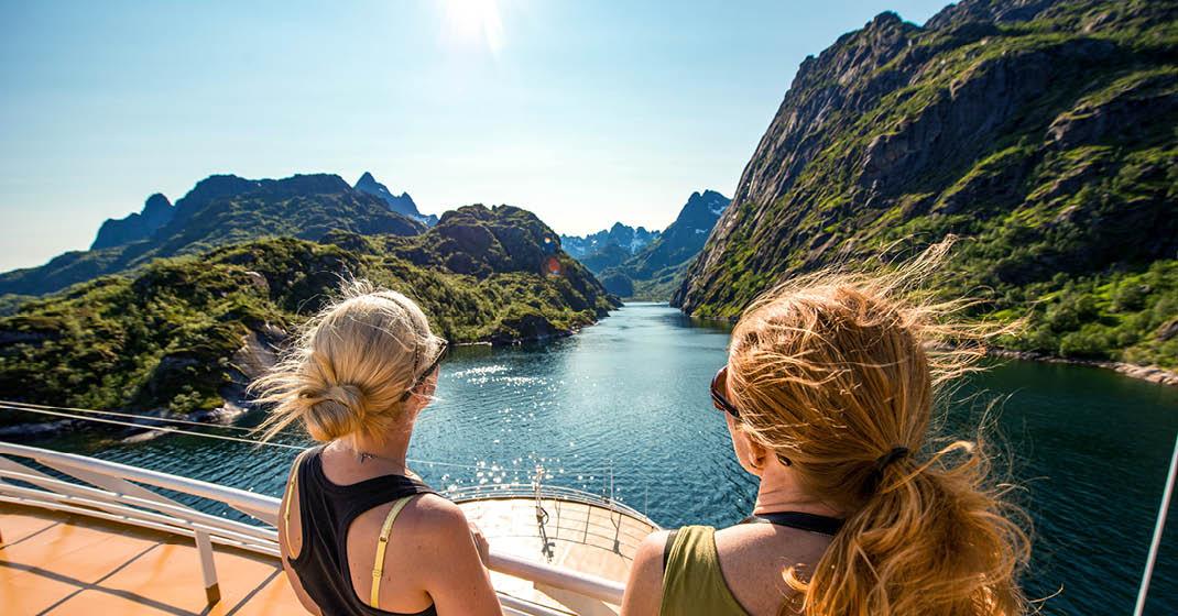Fjorde, ein grandioser Anblick rund um die Uhr