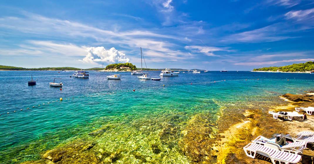 Glasklares Wasser an Kroatiens Küsten