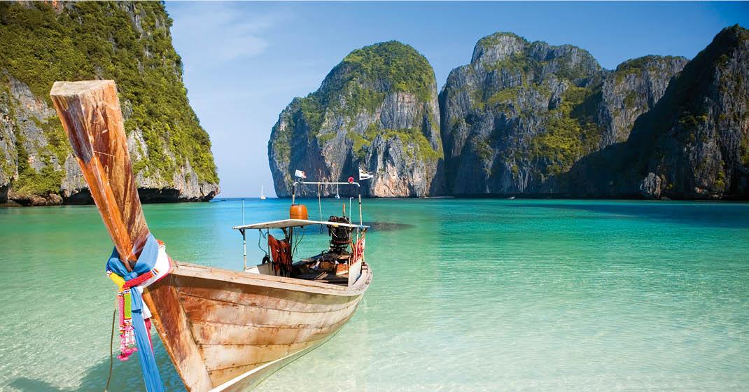 Thailand_Maya_Bay_Strand_Schiff