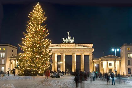 Berlin, Brandenburger Tor im Advent
