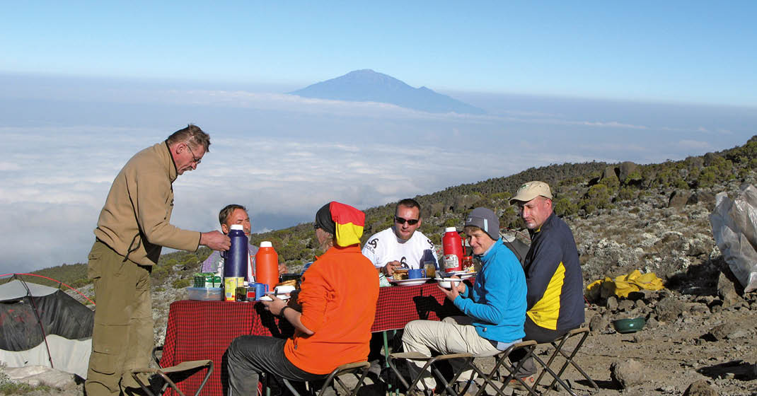 Kilimanjaro_Rast-bei-einer-Tasse-Kaffee