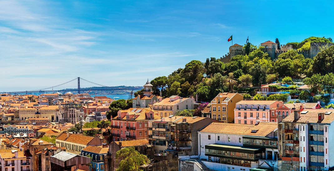Lissabon_Algarve_Lisbon-Skyline