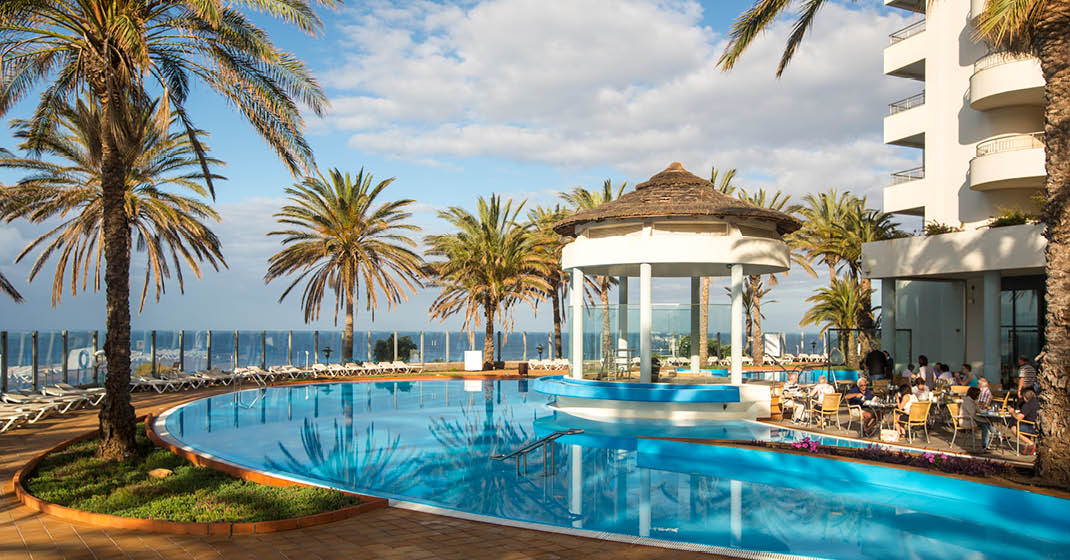 Madeira_Pestana_Grand_Ocean_Resort_Pool