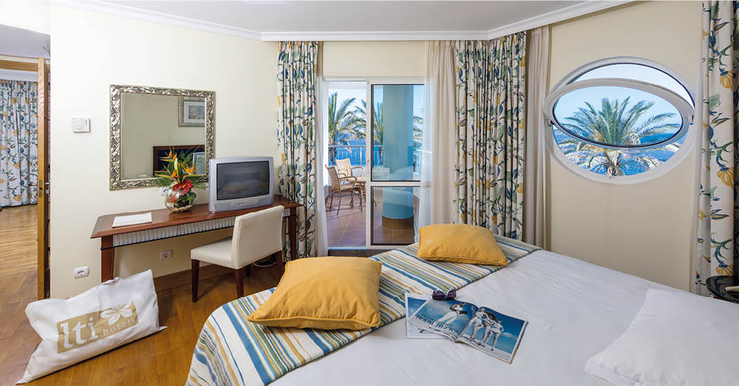 Madeira_Pestana_Grand_Ocean_Resort_Zimmerbeispiel