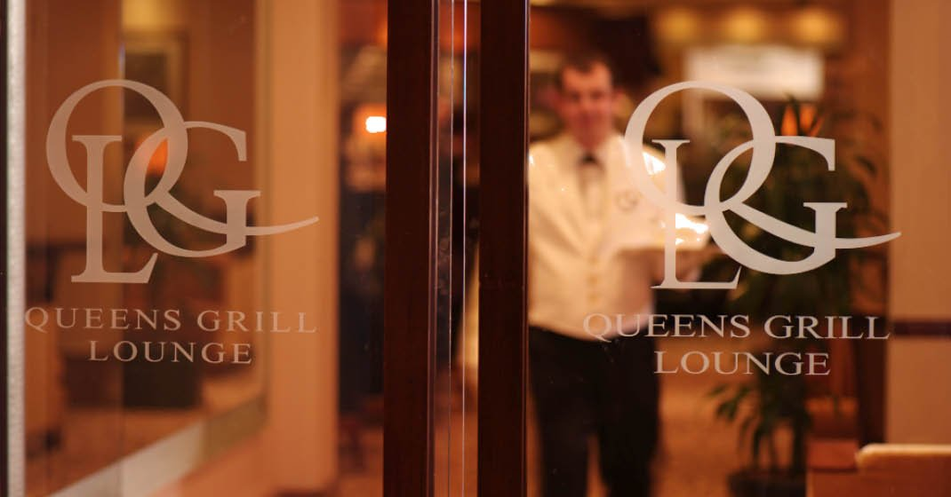 Queen Mary 2 Lounge
