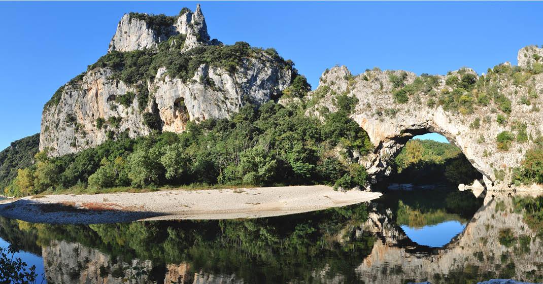 Provence_Camargue_Pont-d'arc