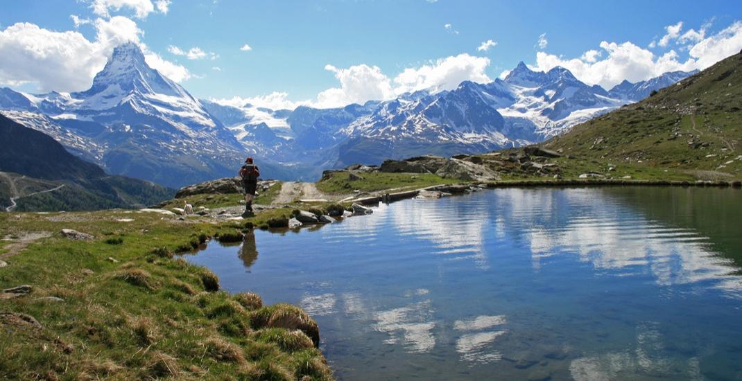 Schweiz_BU8521_Bergpanorma mit See