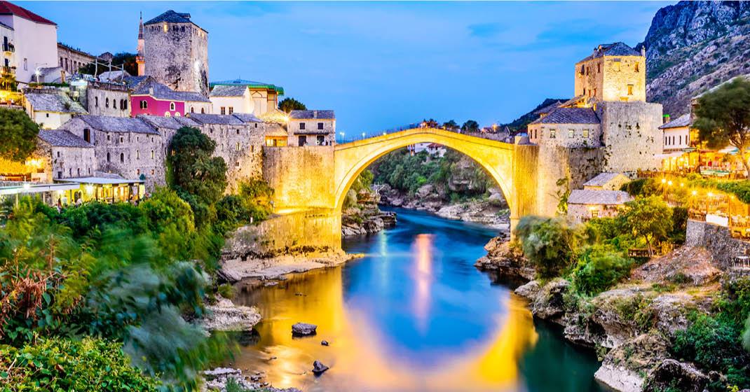 Zwei Inseln ein Traum_Brücke von Mostar_FL8809