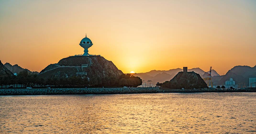 FL8702_Oman_2