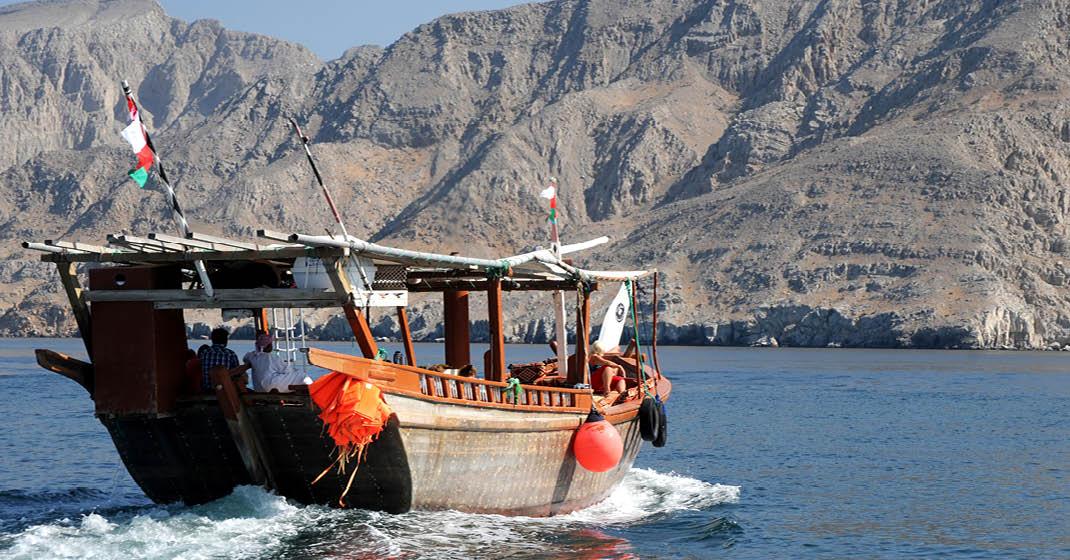 FL8702_Oman_6