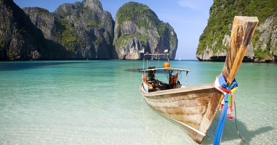 AIDAbella_Typisches Boot in Thailand
