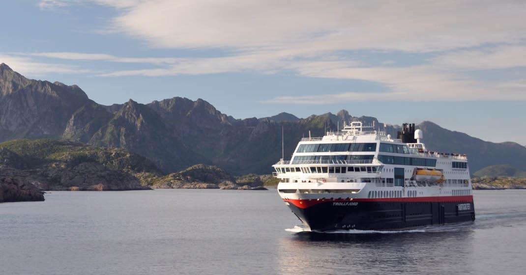 MS Trollfjord KF9131_Sommer mit Hurtigruten2