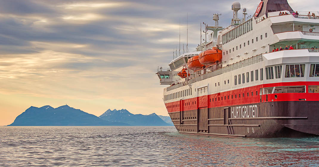 MS Trollfjord KF9131_Sommer mit Hurtigruten5