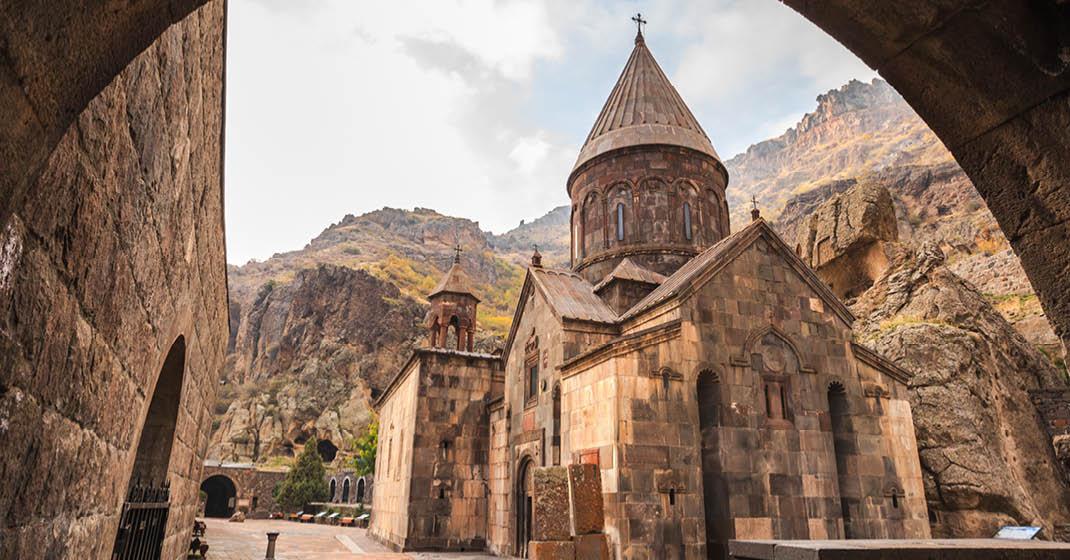 FL9335_Armenien_Das Höhenkloster Geghard