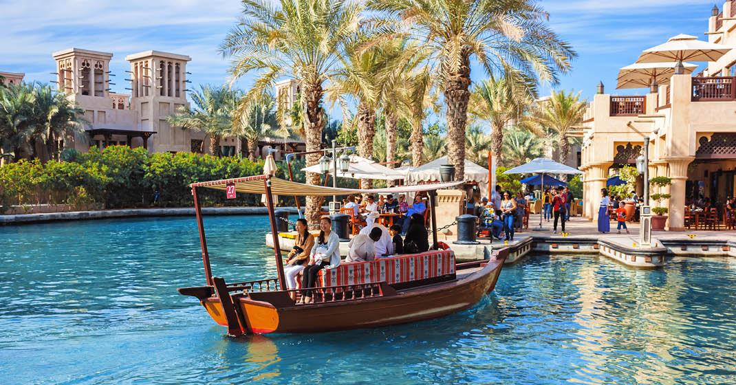FL8328_Dubai_Silvester_019