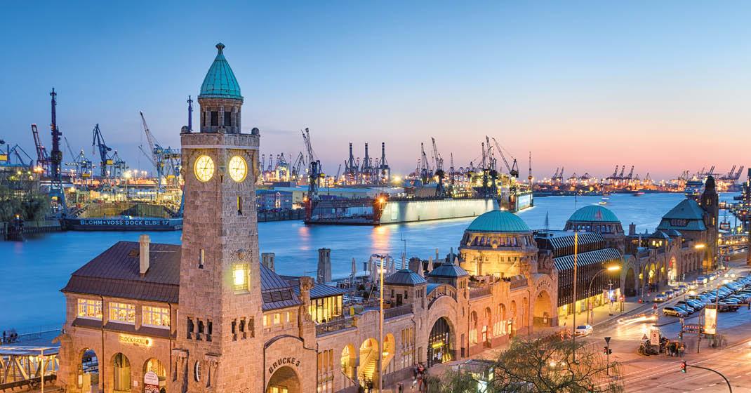 Hamburg Hafen bei Dämmerung