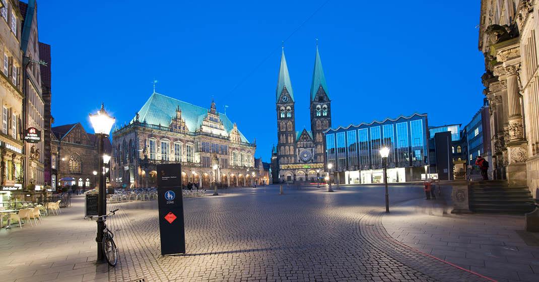 BU0546_Bremen bei Nacht