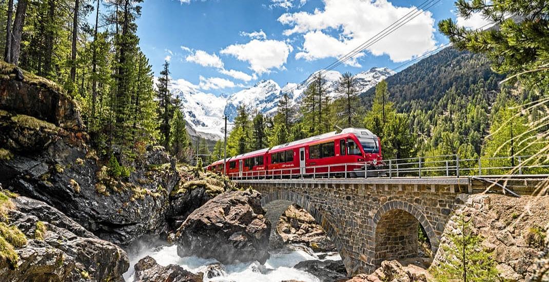 Schweiz_Glacier_Bernina_Express_01